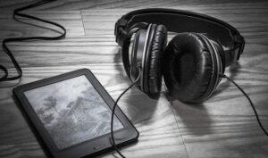 YouTubeで音楽を聴く